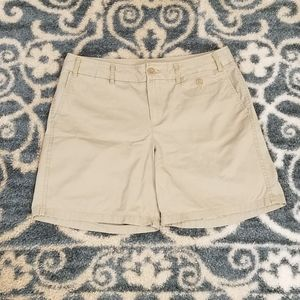 Dockers Khaki Shorts {10}